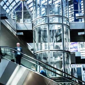طراحی آسانسور و پله برقی