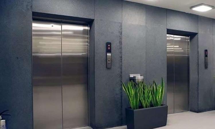 فقط 7 آسانسور در رفسنجان استاندارد هستند